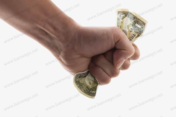 搬瓦工充值余额的钱能不能退款